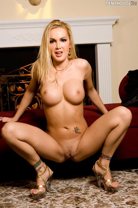 devon-naked-penthouse-girl-2