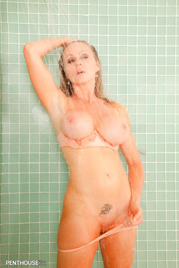 dyanna-lauren-naked-penthouse-girl-3
