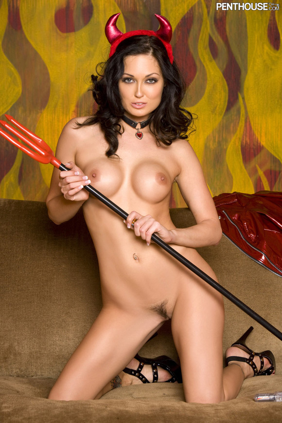melissa-jacobs-naked-penthouse-girl-13