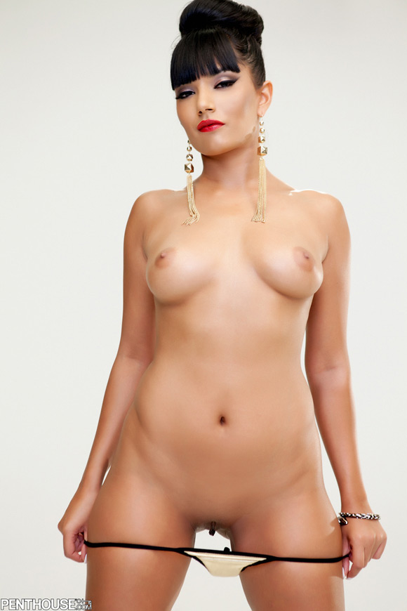 shazia-sahari-naked-penthouse-girl