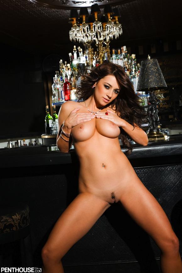 taylor-vixen-naked-penthouse-girl-3
