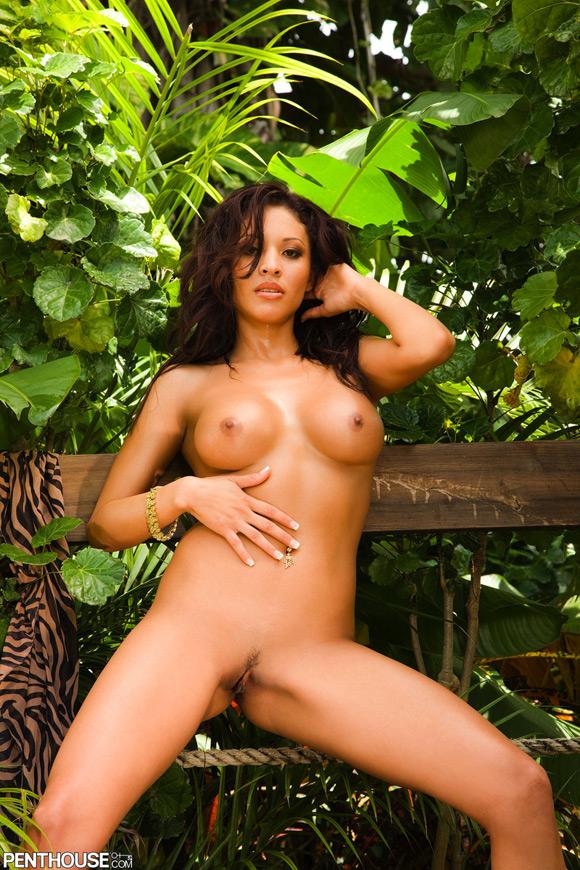 tristen-naked-penthouse-girl