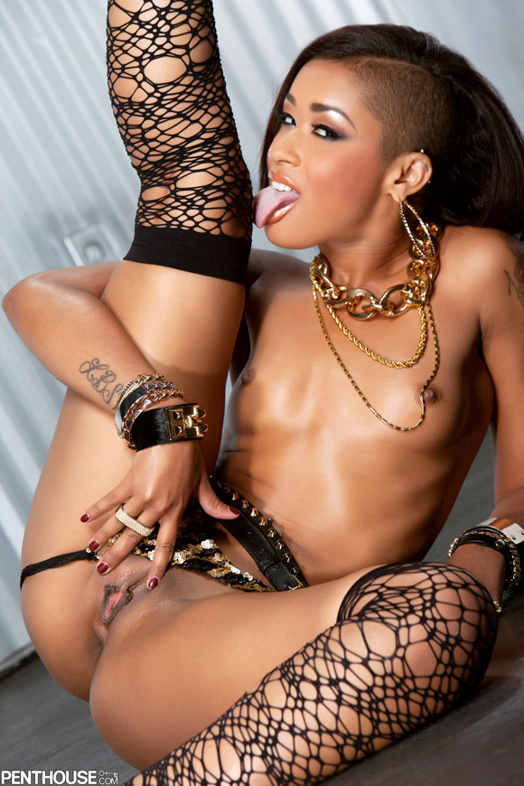 skin-diamond-naked-penthouse-girl